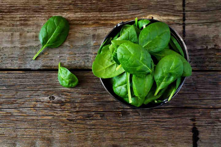 Marco Bianchi consiglia: Pasta al pesto di anacardi e spinacini