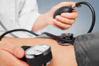 Ipertensione in calo in Italia, ma si usa ancora troppo sale