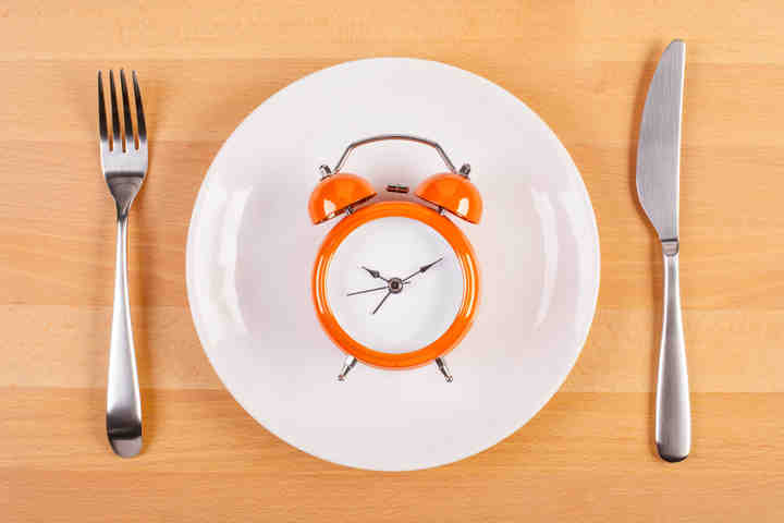 Più giovani e più sani con la dieta che mima il digiuno