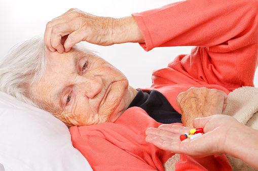 Ecco i campanelli d'allarme che anticipano l'Alzheimer