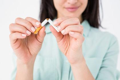 Troppe donne muoiono di tumore (polmone e pancreas) per colpa del fumo