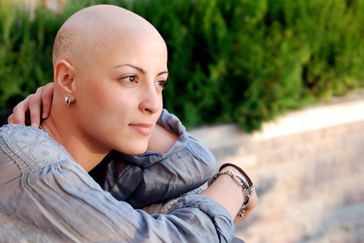 Tumore al seno: l'analisi del genoma può far evitare la chemioterapia