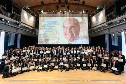 Premiati i 194 giovani ricercatori con i Grant della Fondazione Veronesi