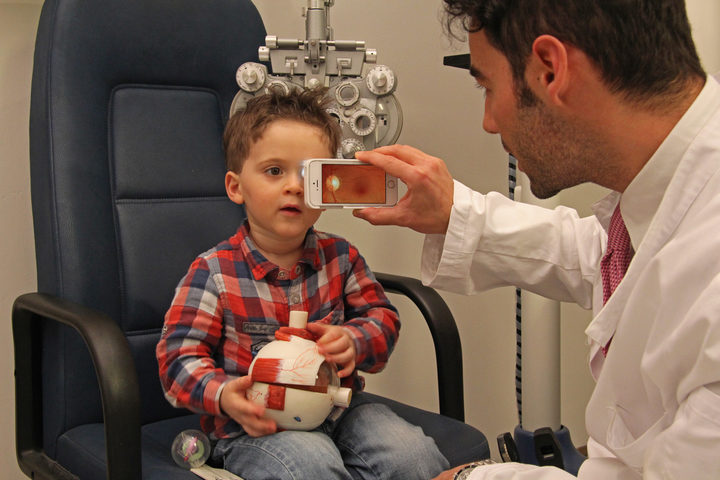 Una cover per diagnosticare le malattie oculari  nei bambini
