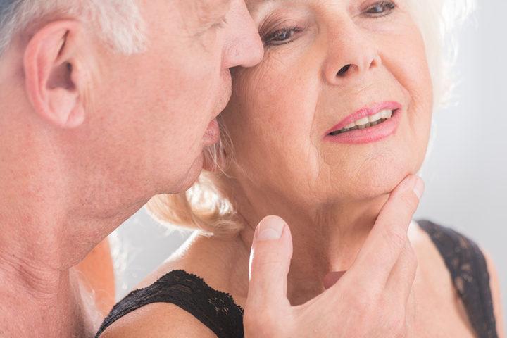 Dispareunia e menopausa, quando il sesso diventa doloroso