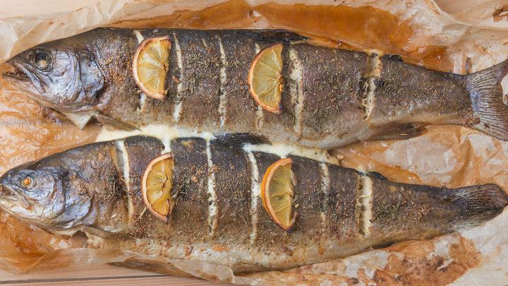 Cuocere gli alimenti: il pesce
