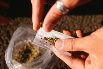 La nicotina è l'unica sostanza che dà dipendenza dalle sigarette?