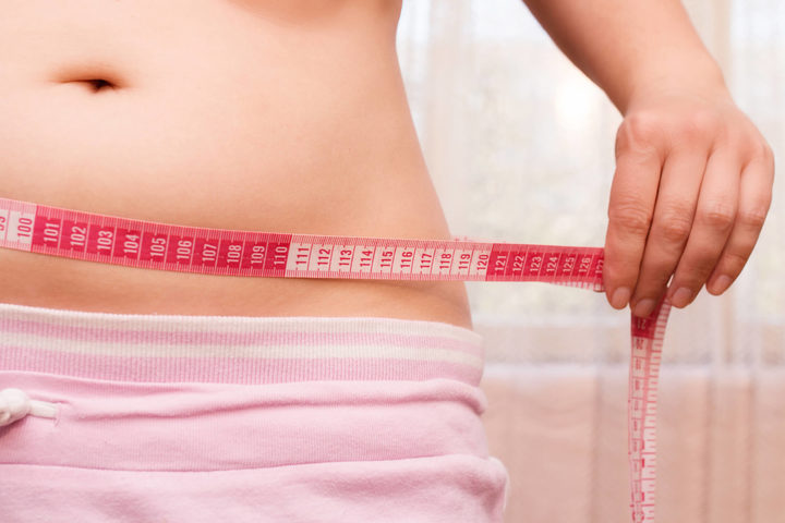 Attenzione al grasso addominale dopo la menopausa: c'è un legame con il cancro