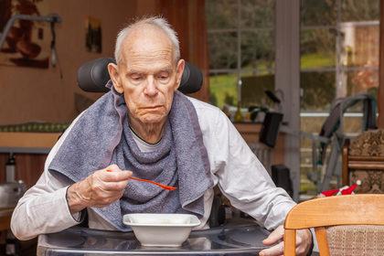 Sette malati di tumore su 10 hanno problemi di nutrizione