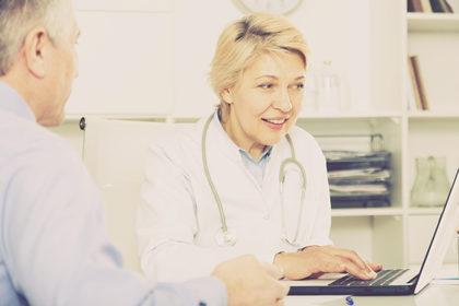 In Italia la visita dal medico di base dura nove minuti