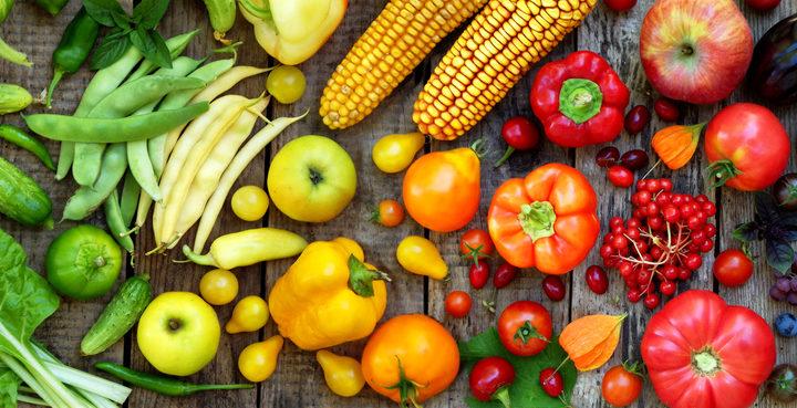 Mele e pomodori contro i danni da fumo ai polmoni?