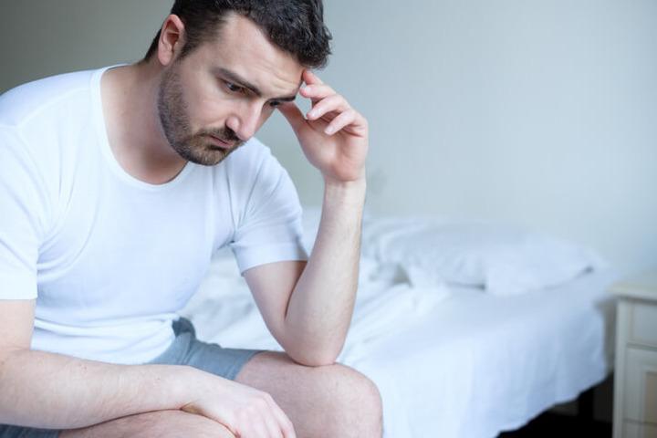 disfunzione erettile nei giovani uomini)