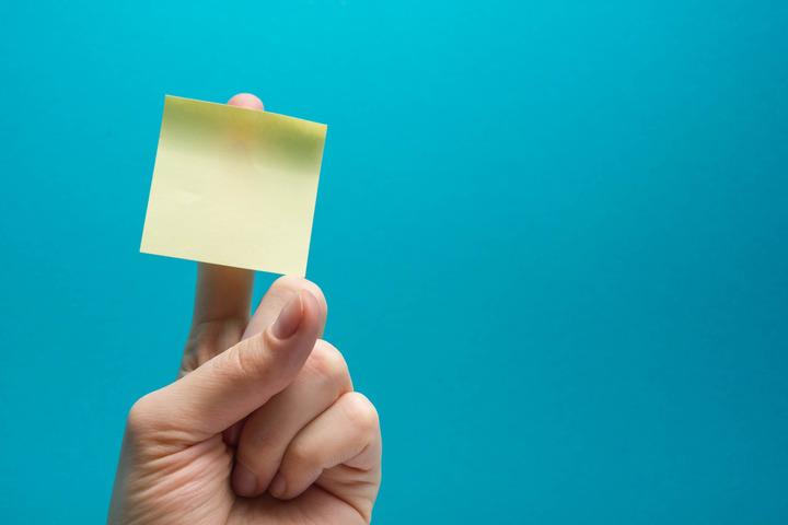 Come potenziare la memoria? Leggendo ad alta voce e camminando