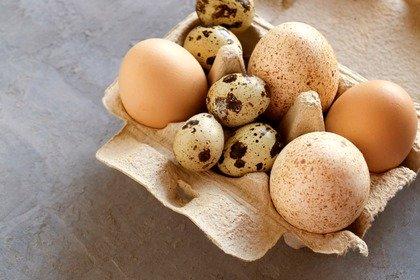 Le uova di quaglia hanno meno colesterolo delle uova di gallina?