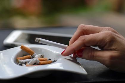 Donne e fumo: l'epidemia che non vogliamo vedere