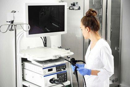 Tumore del colon-retto: meglio iniziare lo screening a 45 anni?