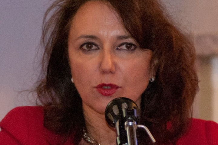 Maria Elisabetta Coccia: «Non c'è rimedio più efficace per evitare il declino della fertilità»