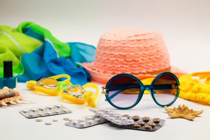 I farmaci non vanno in vacanza: otto regole per non correre rischi