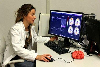 Intelligenza artificiale e neuroscienze per curare la depressione