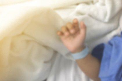 Mamme dopo il cancro: primo nato da trapianto di tessuto ovarico