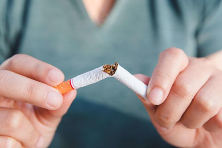 Fumo e donne: anche il tabacco fra i fattori di rischio per il tumore al seno