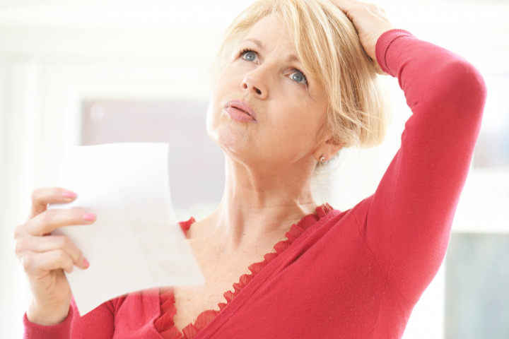 Vampate persistenti in menopausa associate al rischio di tumore al seno