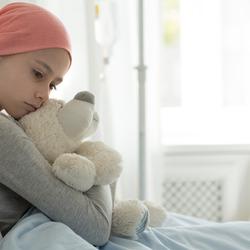 Come far stare mia figlia accanto a un amico col cancro? | Fondazione Umberto Veronesi