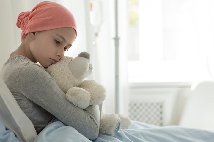 Cosa dire a un figlio se un suo amico si ammala di cancro?