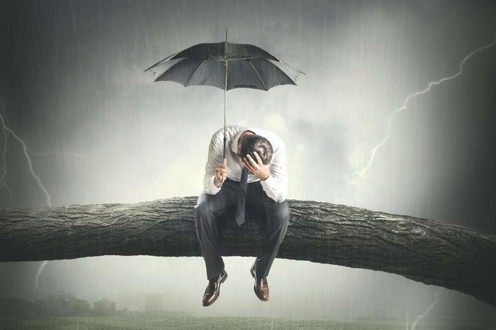 I 7 segnali della depressione maschile