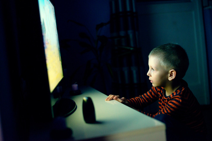 Televisione e bambini: i consigli per i genitori