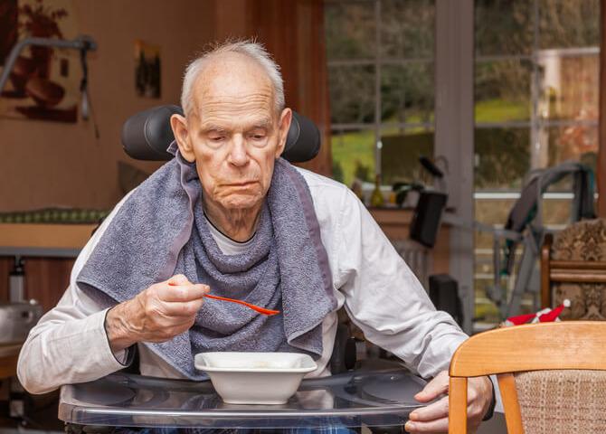 Malnutrizione negli anziani: ecco come riconoscerla