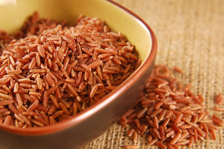Riso rosso fermentato utile per il colesterolo alto? I dubbi degli esperti