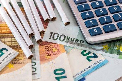 Gli italiani, il fumo e il prezzo sconosciuto del tabacco