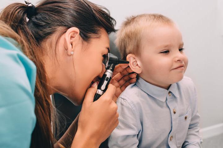 Otiti medie ricorrenti nei bambini: come trattarle?