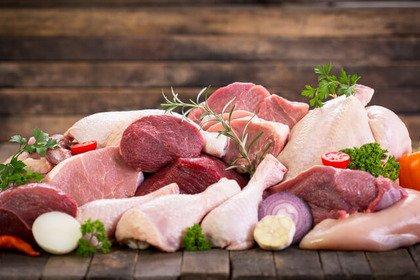 Carne bianca o carne rossa? Per il colesterolo nessuna differenza