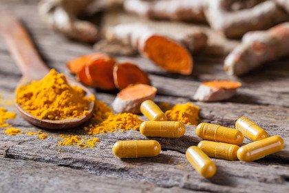 Il «giallo» della curcuma e i casi di epatite colestatica acuta