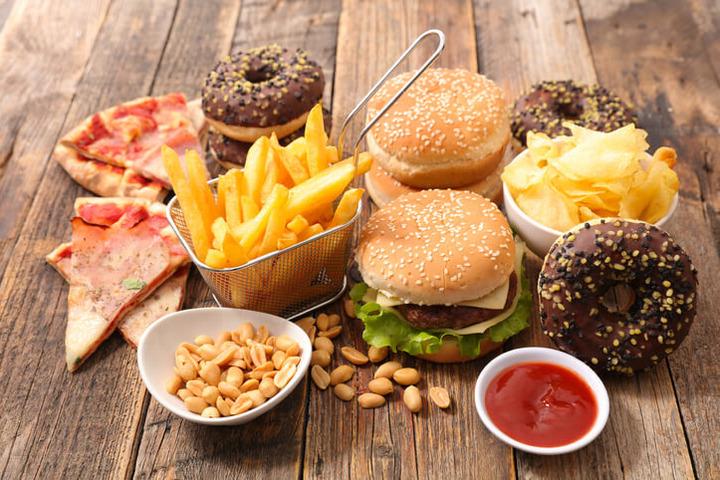 Il consumo di cibi pronti e i rischi per la salute cardiovascolare