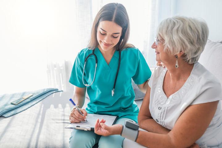 Curare la pressione alta vuol dire curare (anche) la mente