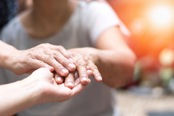 Parkinson: tutte le differenze fra uomini e donne