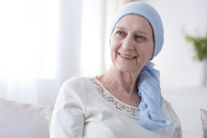 Tumore al seno, la ricostruzione è possibile anche oltre i settant'anni