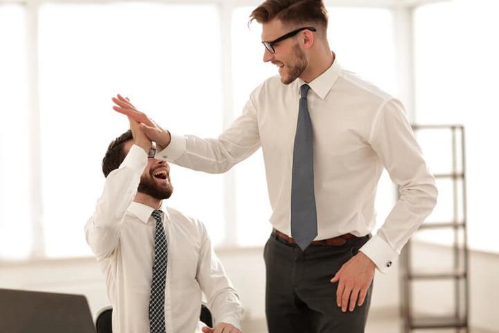 Gli uomini alti rischiano di più di avere un tumore al testicolo?