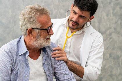 Pazienti oncologici: un decesso su 10 avviene per «colpa» del cuore