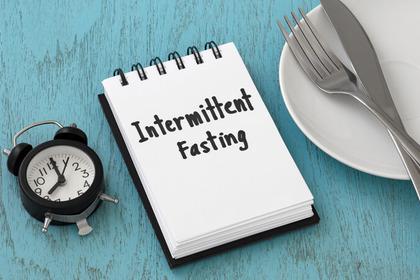 Dieta del digiuno intermittente: come può far bene alla salute
