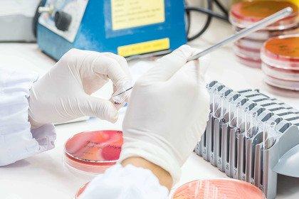 Resistenza agli antibiotici: la ricerca è in ritardo