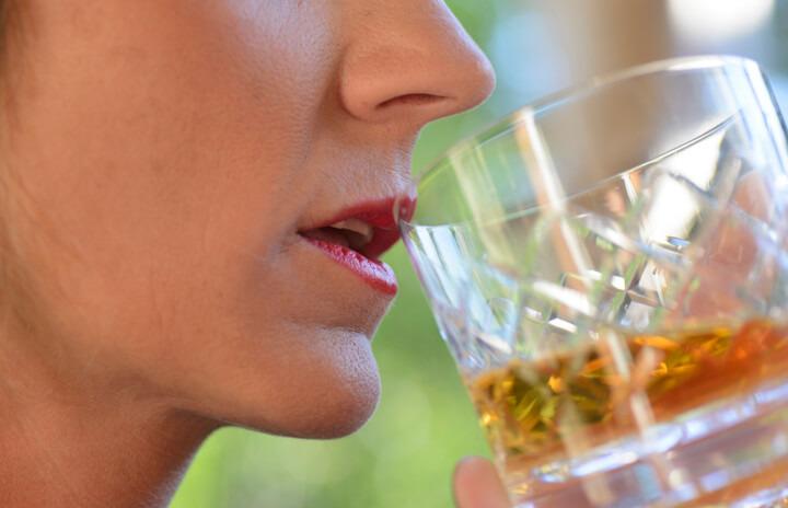 Un paziente oncologico su 3 eccede con le bevande alcoliche