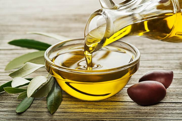 L'olio extravergine contro le demenze? È presto per dirlo | Fondazione  Umberto Veronesi