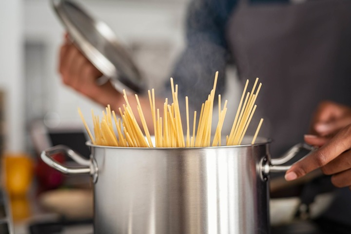 Allergia al nichel: quali precauzioni prendere in cucina?