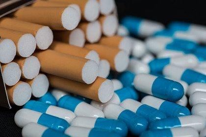 Quali conseguenze se si fuma mentre si assumono farmaci?