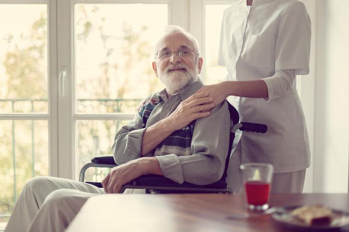 Convivere con l'Alzheimer ai tempi del Coronavirus