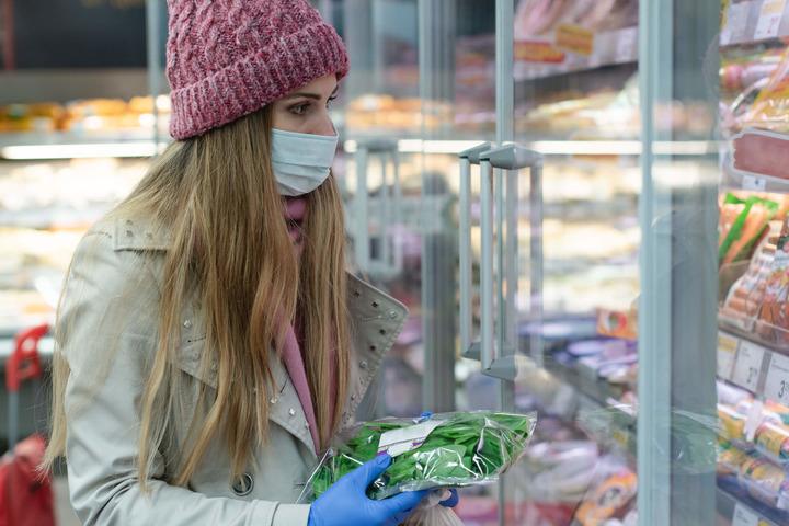 Coronavirus, mascherine e guanti: istruzioni per un uso corretto